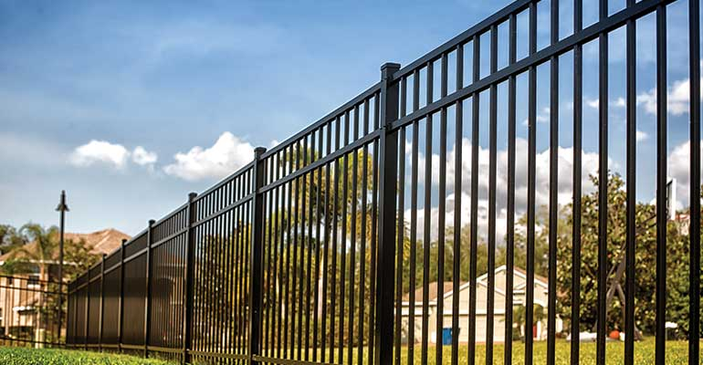 Benefits of Fencing Your Yard