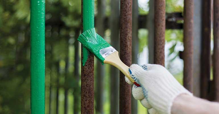 The Basics of Fence Maintenance - Gold Coast
